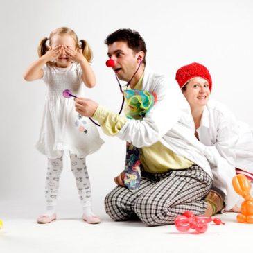 Czerwone Noski – clown w szpitalu